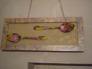 Vintage picture: spoons' decoupage and frame decoupage