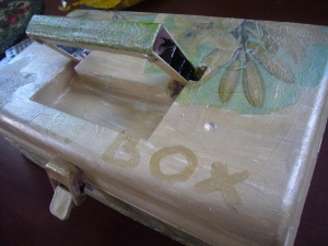 plastic box decoupage