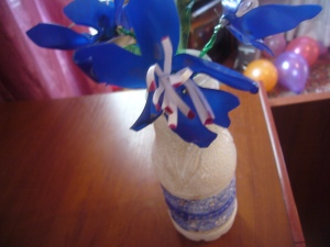 plastic bottle flowers and vase decoupage
