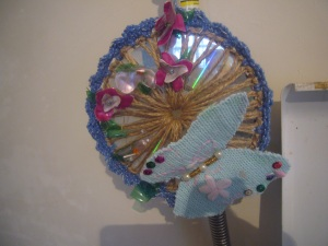 recycled craft CD ornament