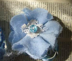 fabric flower broch