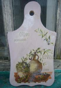 bread cutting board decoupage
