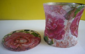 recycled coffee can decoupage
