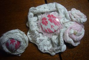 White lace flower brooch, bracelet and ring