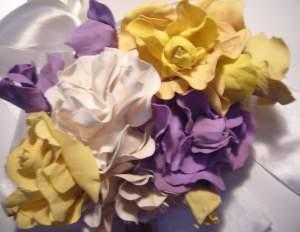Розы из фома